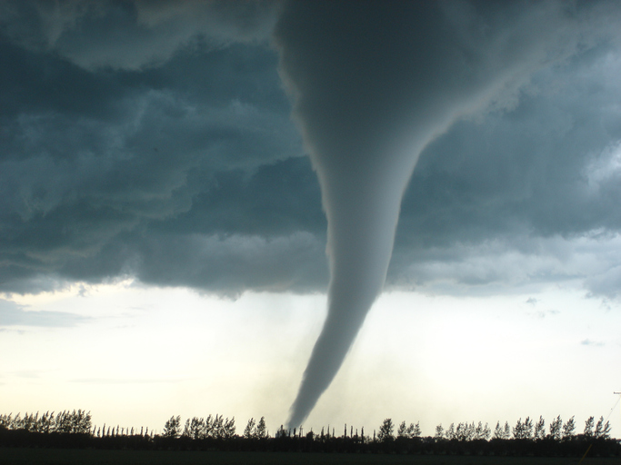 Amazing Tornado in Canada